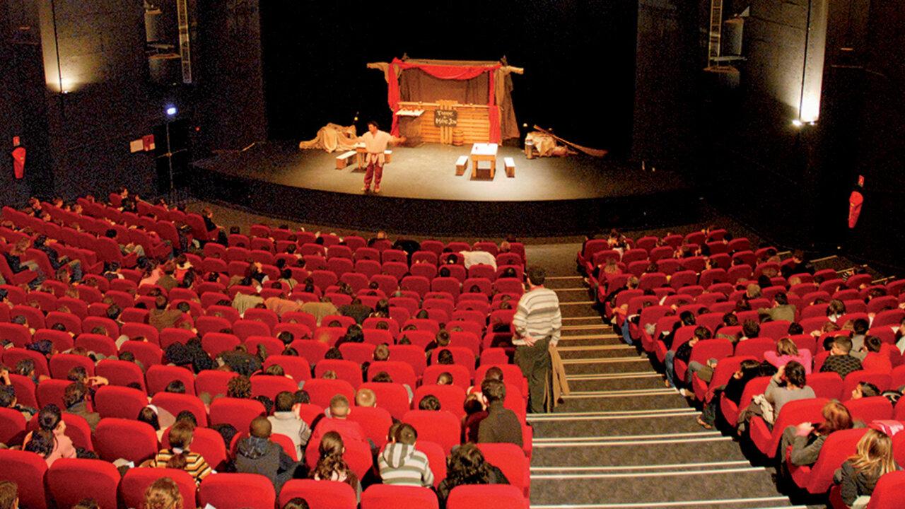 Le théâtre Gérard Philipe  Orléans métropole