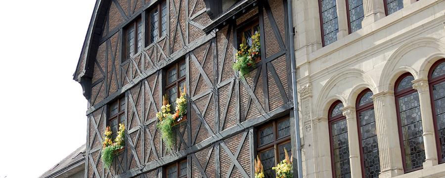 http://www.orleans-metropole.fr/fileadmin/_processed_/csm_maison-jeanne-arc001_23b429583a.jpg