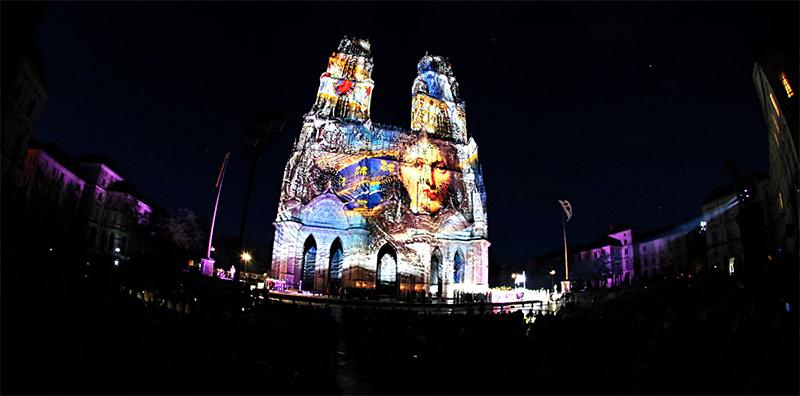 Son et lumière sur la cathédrale