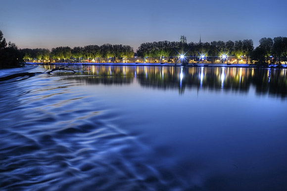 les bords de Loire la nuit - photo J Puyo